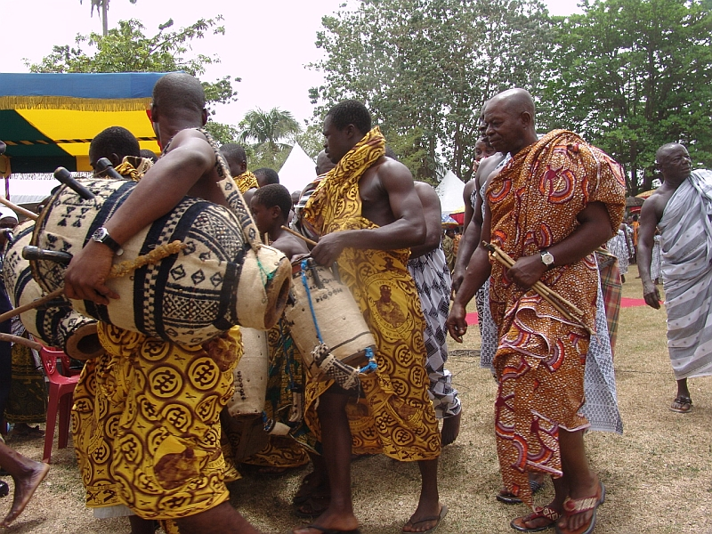 Frauen aus ghana kennenlernen
